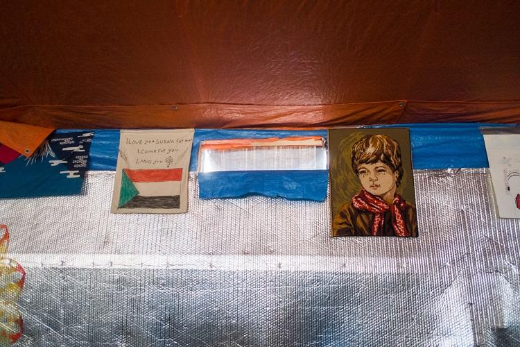 Khyber Darbar resto drapeaux