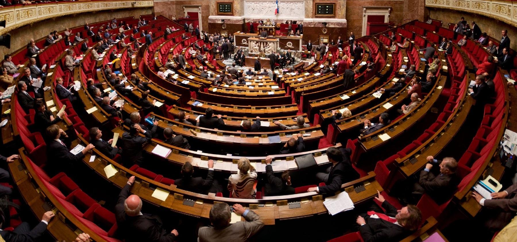 La petite combine des députés En Marche pour embaucher leurs enfants