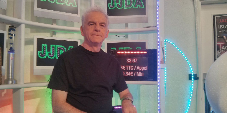 Jacky, son émission kitsch et ses souvenirs du Club Dorothée