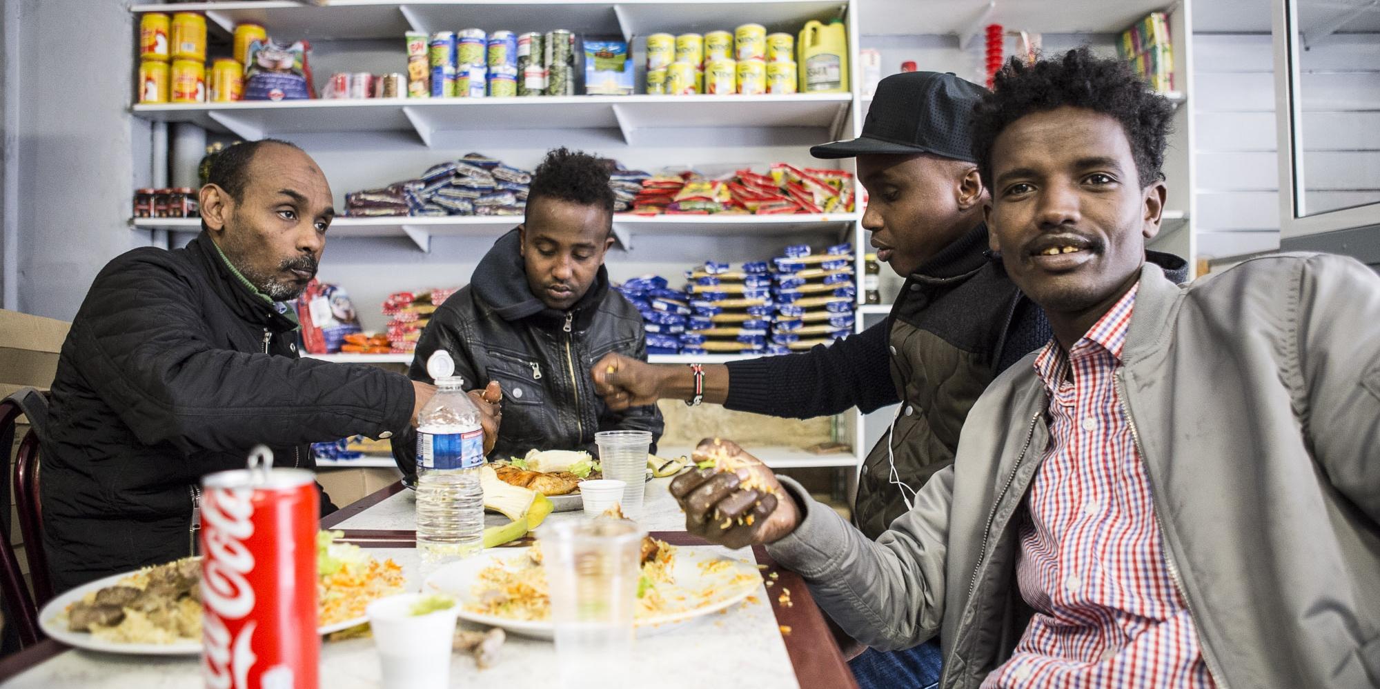 Le Mandeeq, resto-épicerie des réfugiés somaliens