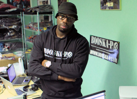 Le site Booska-P défend le rap made in France