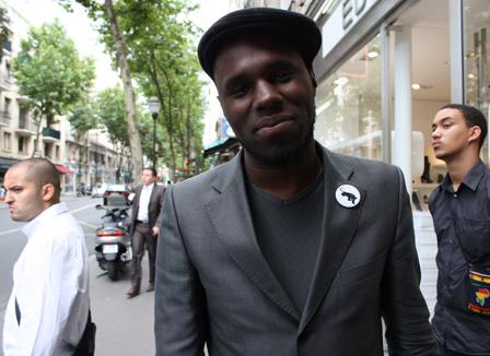 Au Sénégal, un conseiller de Wade embauche Kémi Séba avant de l'accuser de s'être servi de lui