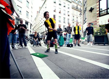 Speedminton, Street Golf, Frisbee: Les 10 sports à faire en club pour la rentrée