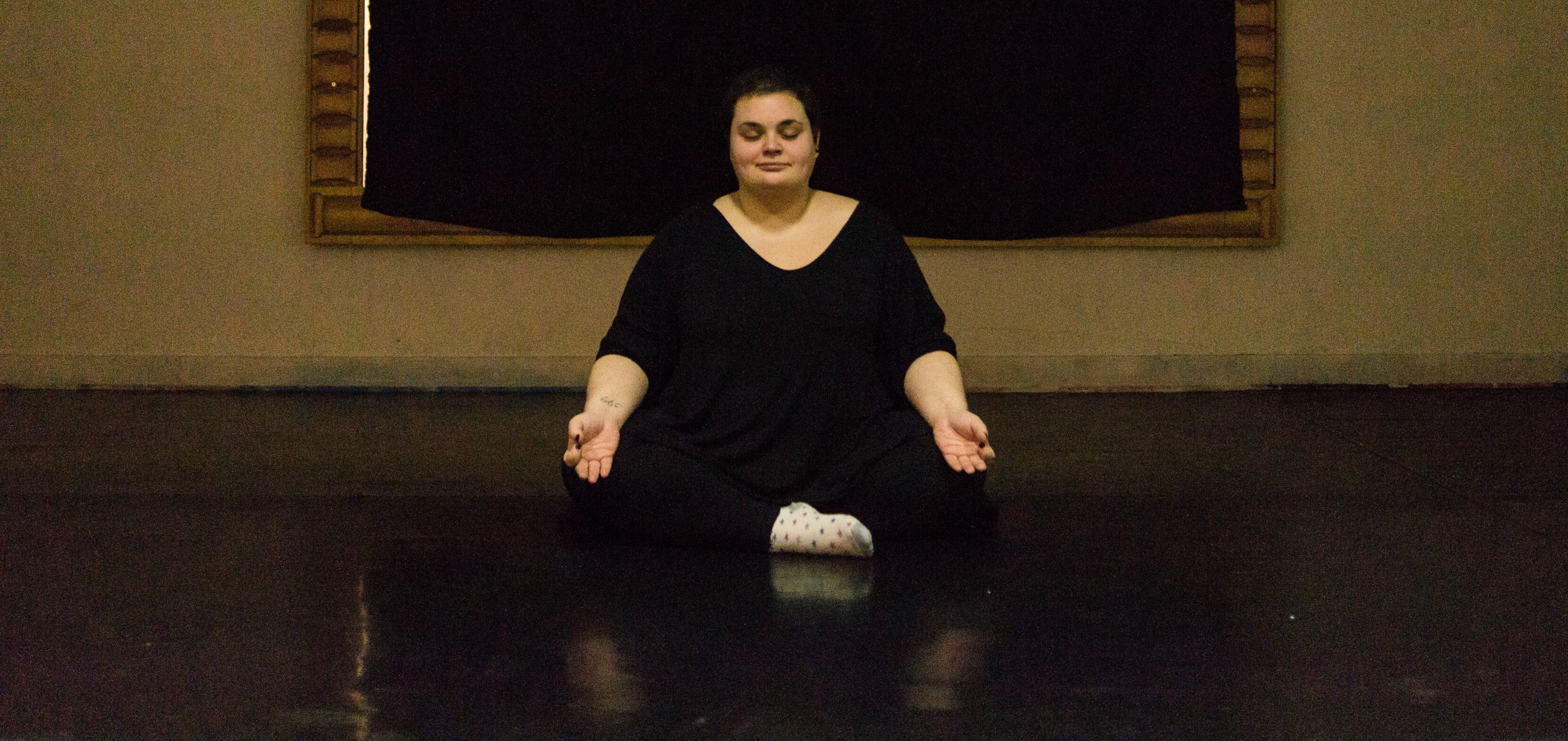 Le yogras du yoga pour lutter contre la grossophobie - Lutter contre l humidite dans une chambre ...