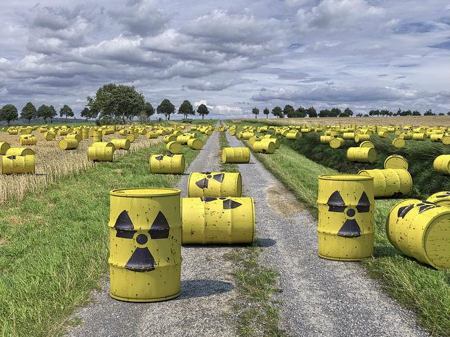 nuke (street press) dans Altermondialisme nucleaire-sortie2