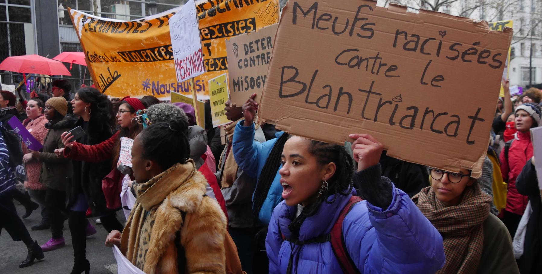 Racisées, queers et prostituées prennent la tête de la manif #NousToutes