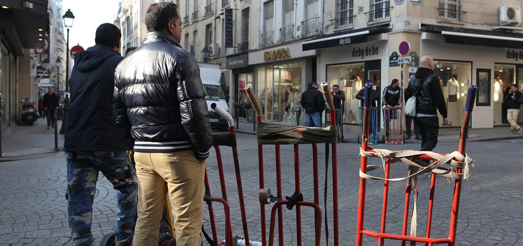 Ardar manutentionnaire pour les grossistes du sentier streetpress - Quartier du sentier paris ...