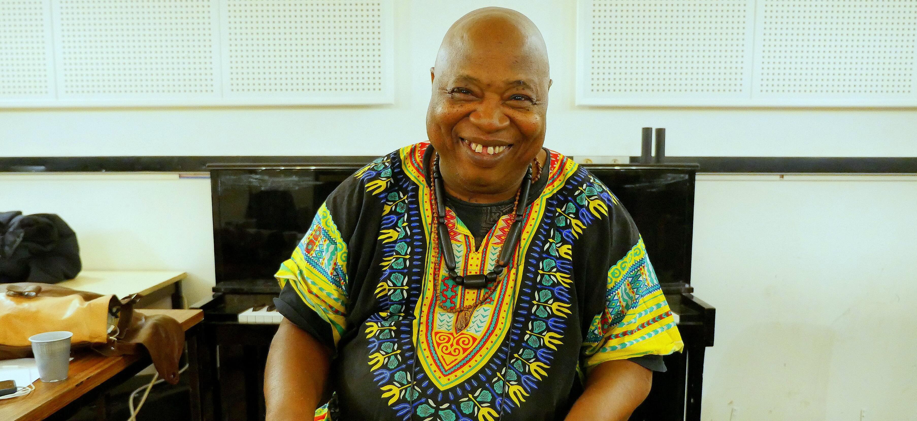 Le jazzman malien Cheick Tidiane Seck revient sur sa carrière stratosphèrique