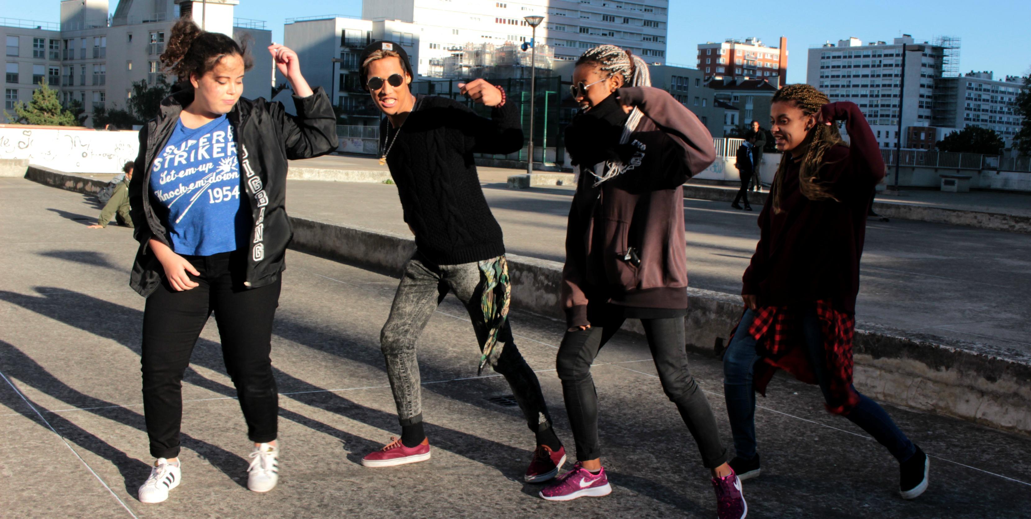 Avec les danseurs Parisiens de pop coréenne