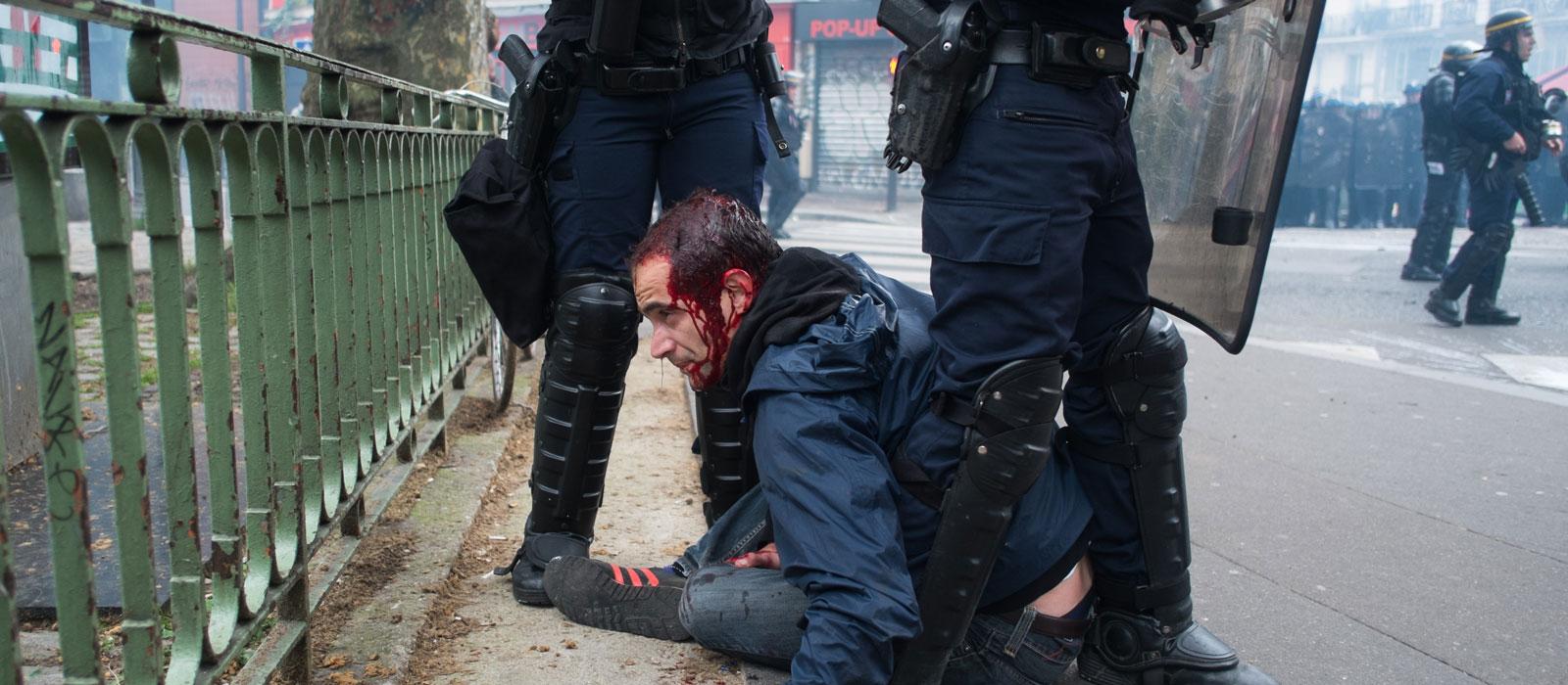 Une pétition rassemble 107.000 signatures pour dénoncer les violences policières