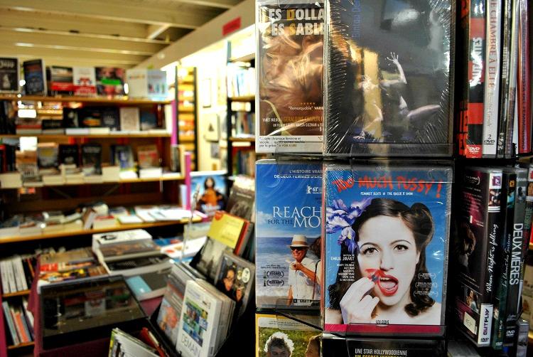Violette & Co librairie intérieur