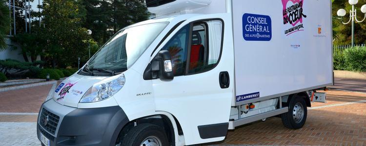 Etat d'urgence : les Restos du Cœur suspendent les distributions de repas en camion