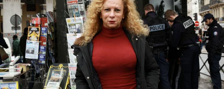 Giovanna, femme transgenre, humiliée par la police en plein milieu de l'aéroport
