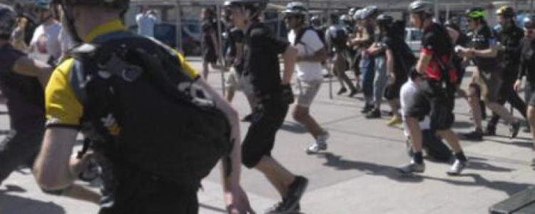 Revivez le live-tweet de la Hou's Alleycat dans les rues de Paris