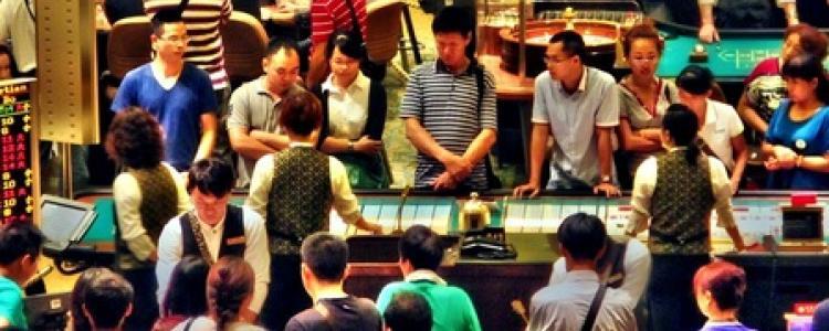 Sic Bo, marketing ethnique et buffet asiatique : les casinos se mettent au chinois