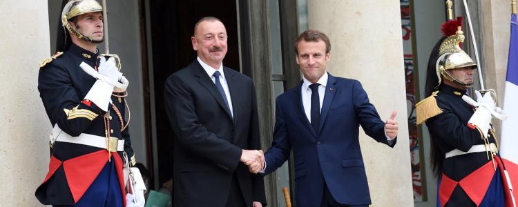 Demande d'asile : l'État français fait appel à des traducteurs proches d'une dictature