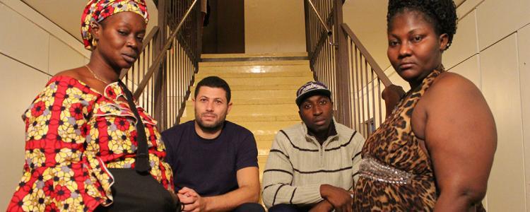 « Sale macaque », crachats et tirs de flashball: quand la police réveille une tour HLM