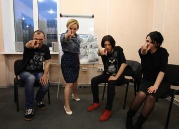 A Minsk, avec les comédiens d'un théâtre clandestin