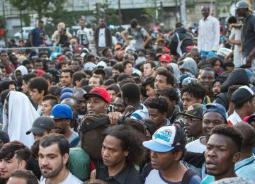 Porte de la Chapelle : 2.771 réfugiés évacués