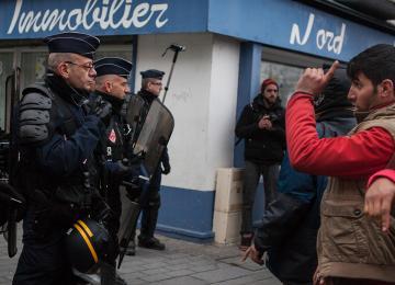 A Calais, la police a pour consigne d'arrêter 80 migrants par jour