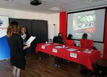 Pôle emploi organise des recrutements inspirés de The Voice : un dispositif « humiliant » pour les chômeurs