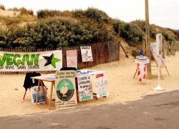 La fondation Brigitte Bardot traîne des militants libertaires devant la justice
