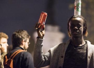 Thomas, vendeur de bières à Nuit Debout