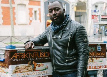 Kader Jawner, précurseur du fast-food africain à Paname