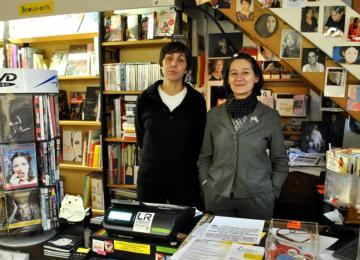 Violette & Co, la seule librairie lesbienne de France