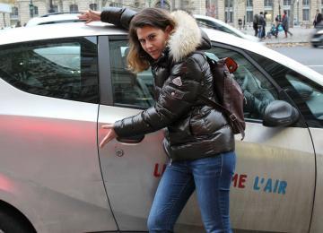 Elsa Barrère raconte Paris «sans concessions»