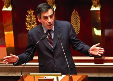 « Beaucoup de députés traitent leurs assistants parlementaires comme des chiens »