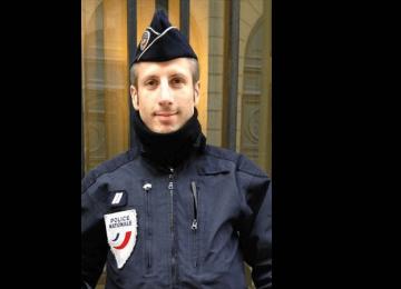 Xavier était policier mais aussi militant LGBT