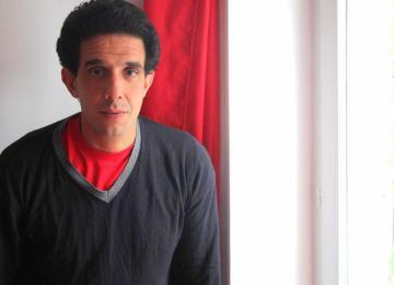 Hicham Ayouch, « fils de » et cinéaste des quartiers