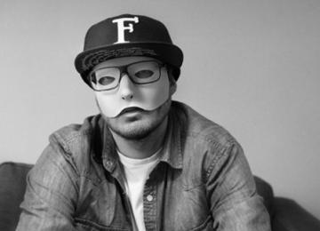Fuzati:  «Ma liberté artistique a un prix: c'est d'avoir un taff à côté»