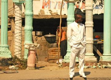 Chômage et déclassement en Haïti, où les ONG croulent sous les CV