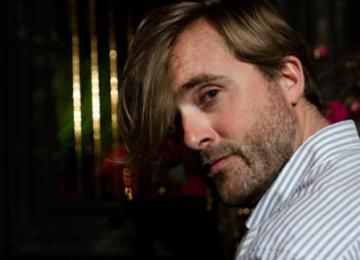 Rasmus Michau : « J'ai des amis qui n'ont pas forcément de moyens mais qui m'amusent, et je suis ravi de les inviter!»