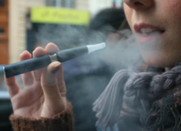 La cigarette électronique en plein flou juridique