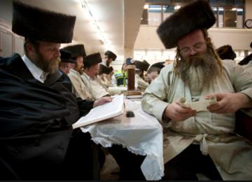 A Jérusalem, les grands rabbins partent en live, c'est la fête de Pourim