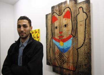 Expo : Combo, le street artist qui colle des pages Google dans les rues de Chine