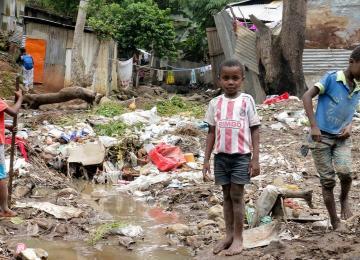Mayotte, ce bout de France où vivent 3.000 mineurs sans-papiers et sans parents