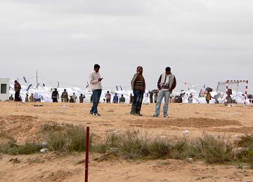 Non, les réfugiés n'immigrent pas dans un pays pour les allocs