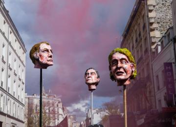 Têtes coupées et urnes brulées, un carnaval populaire contre les élections