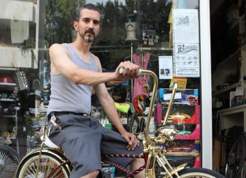 Chez Belleville Lowrider, pimpe ta caisse ou ton vélo comme à L.A