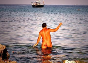 Les naturistes sont contre les arrêtés anti-burkini