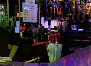 « Chez Carmen », le bar à after tenu par une petite dame de 68 ans