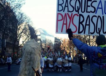 « Nous voulons que les prisonniers politiques basques rentrent à la maison »