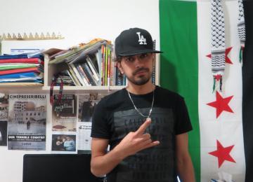 Mohamed Jamous, réfugié à Paris et star du rap en Syrie
