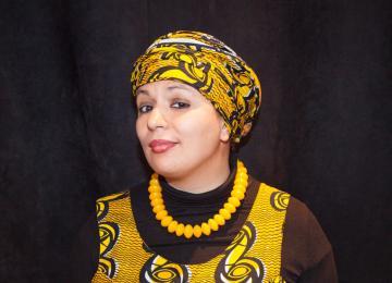 Samia Orosemane fait monter Tata Aïcha sur scène
