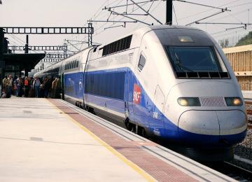 Dans le cadre du G20, la SNCF demande à ses agents de signaler les « militants » et « zadistes »