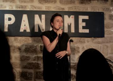 «Plus drôles les filles» : la soirée de stand-up 100% féminine